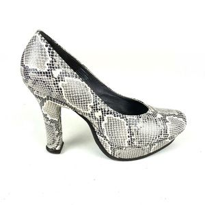 Matisse Platform Heels Pumps Snakeskin Size 8.5